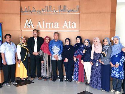 Prodi S1 Administrasi Rumah Sakit UAA menyambut Prodi S1 Administrasi Rumah Sakit Universitas Muhammadiyah Lamongan dalam kegiatan Benchmarking